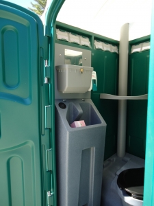 Flushable Portable Toilet with Sink